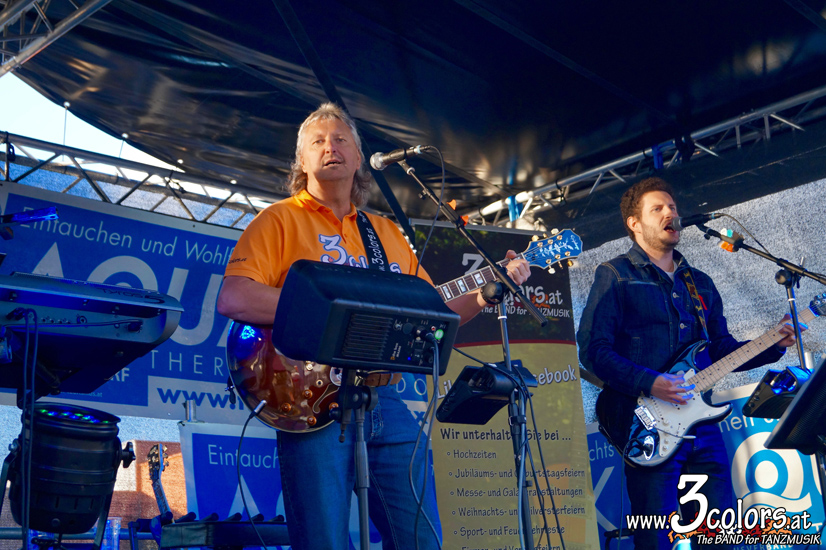 www.3colors.at - The BAND for TANZMUISK | MotoGP bei Susi's Schirmbar in der Arena am Waldfeld 2016